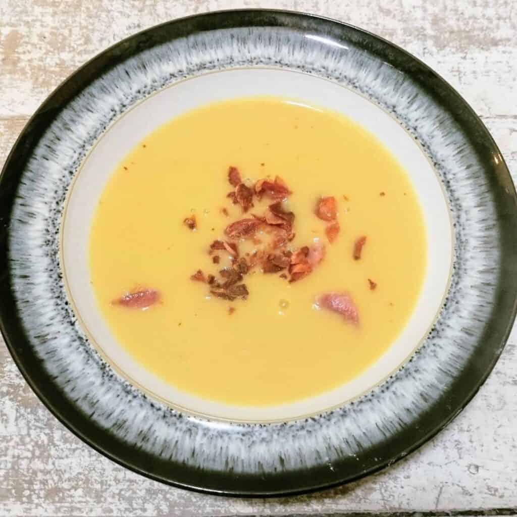 Slimming World Syn Free Leek Bacon & Potato Soup Recipe