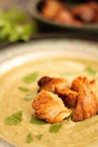 Slimming World Syn Free Broccoli & Stilton Soup