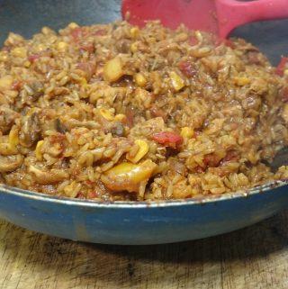 Delicious Chicken & Chorizo with Nando's Peri Peri Mild Lemon & Herb Seasoning Rub & Brown Rice Recipe – SERVES 4