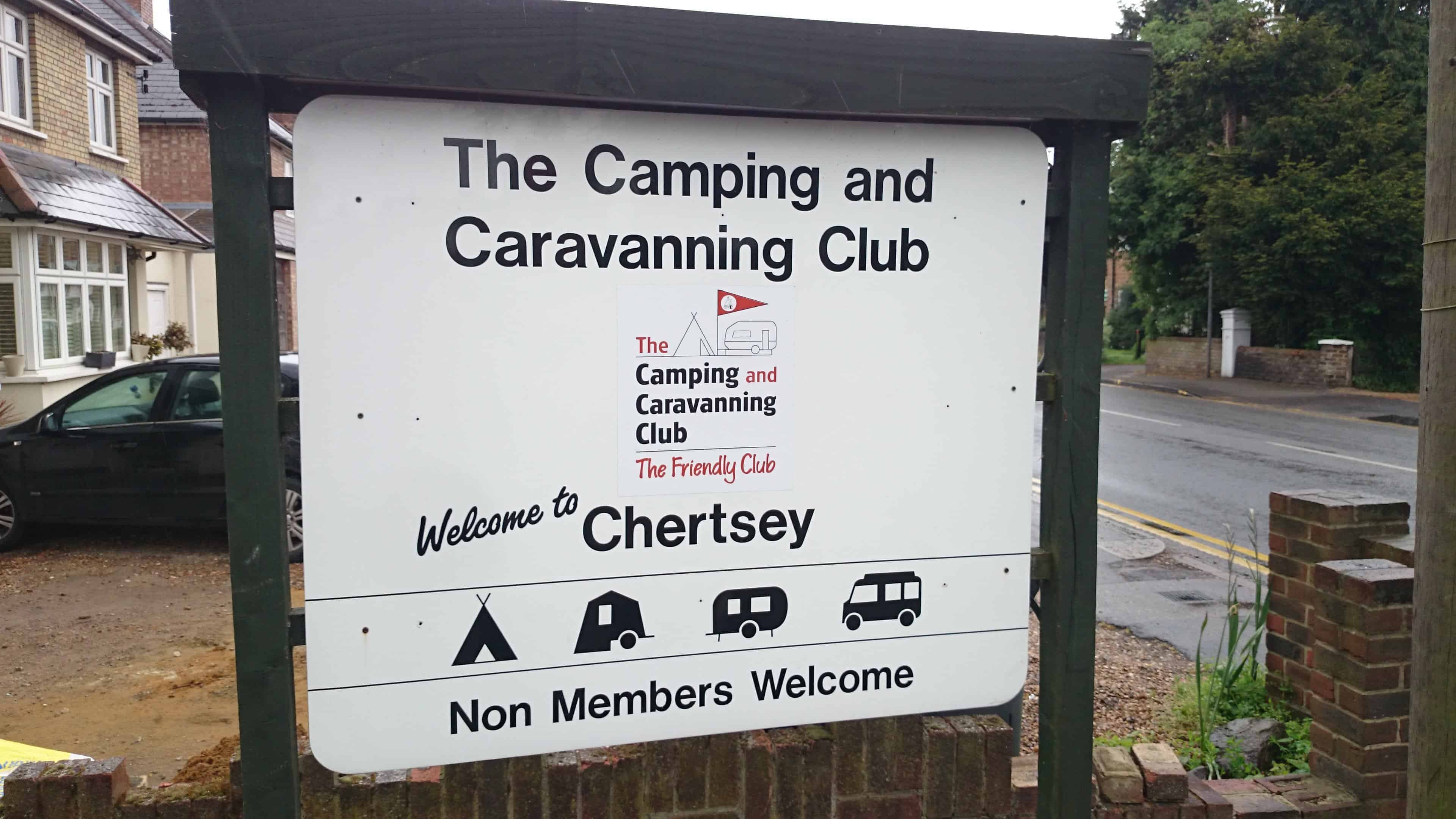 Chertsey Camping and Caravanning Club Campsite Review