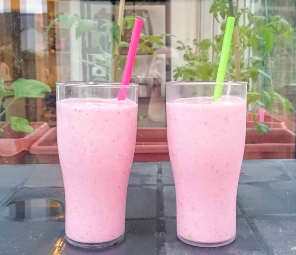 Think McDonalds Strawberry Milkshake but Without the Guilt - My Recipe for 2