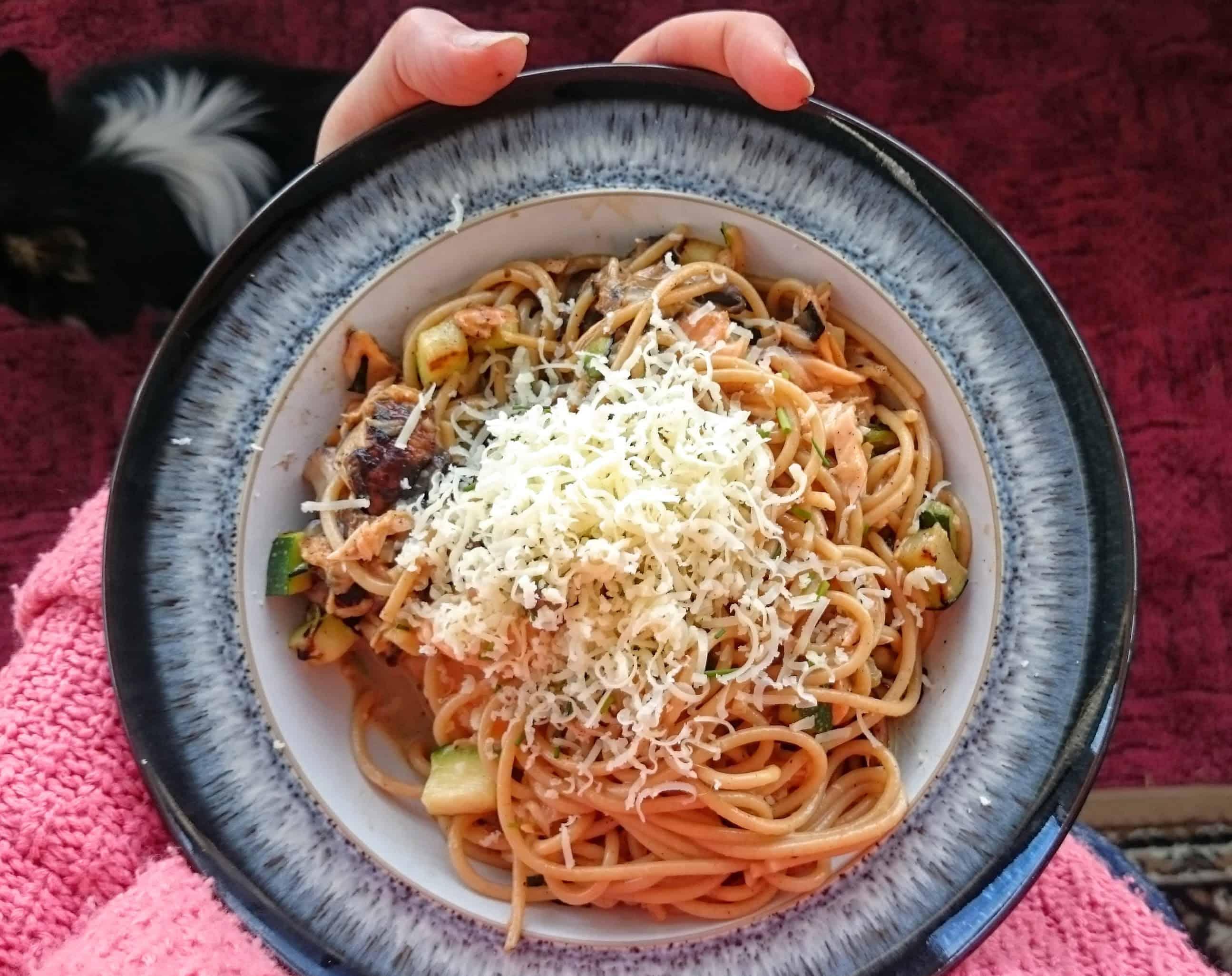 Salmon Spaghetti Carbonara – Slimming World Syn Free Recipe for One