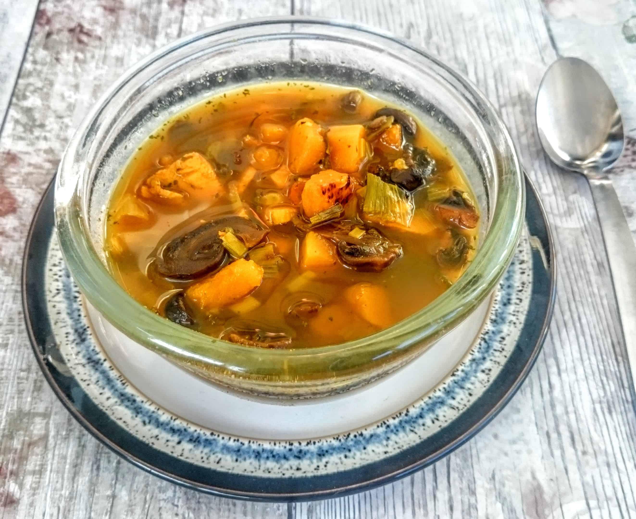 A Bowl of Health: Syn Free Slimming World Chicken, Ginger & Lemon Soup Maker Recipe