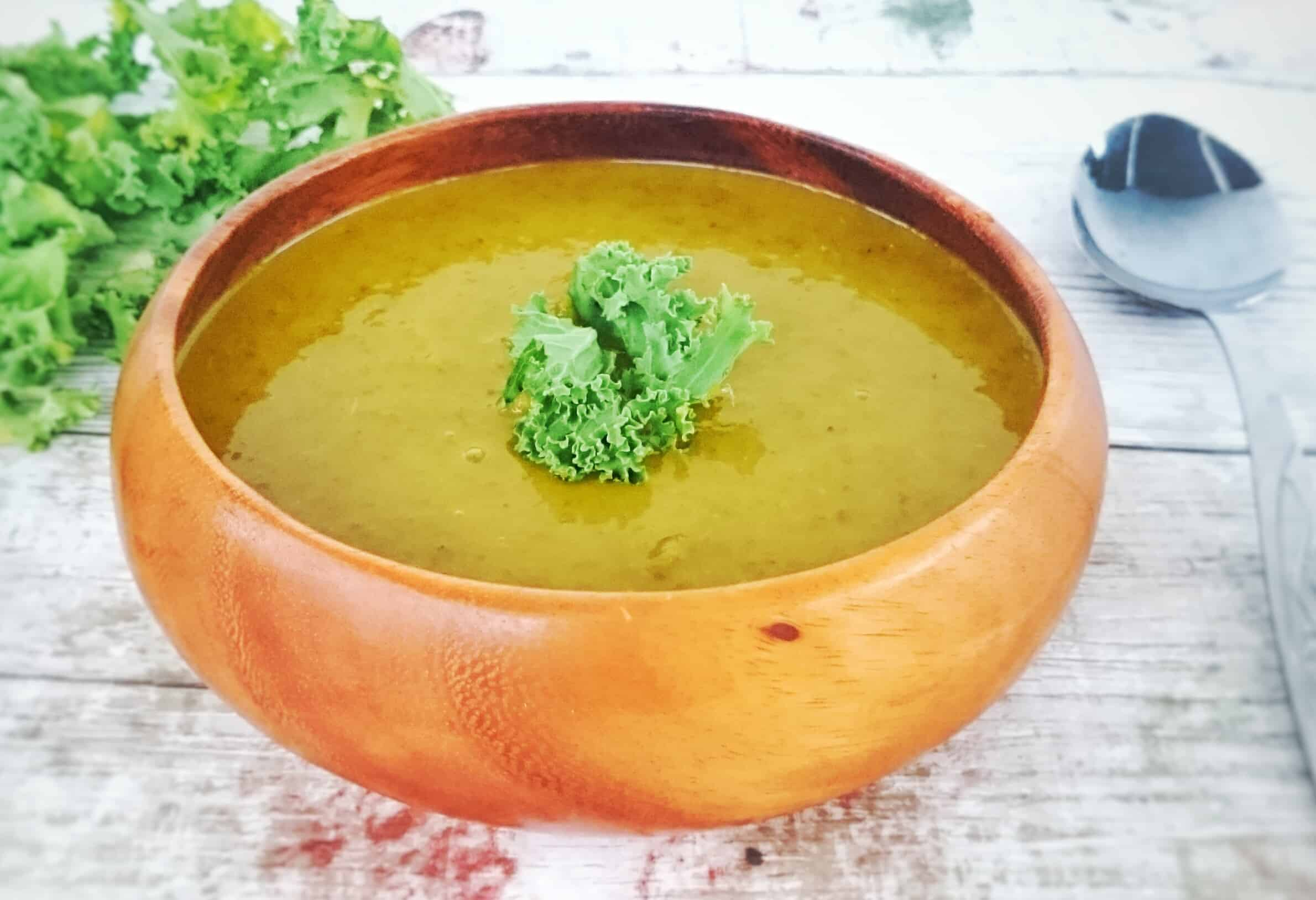 Slimming World Syn Free Kale Soup Recipe (Soup Maker & Pan Friendly)