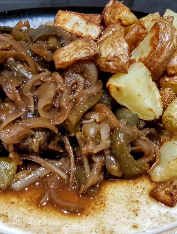 Easy Syn Free Slow Cooker Steak & Onions Slimming World Recipe