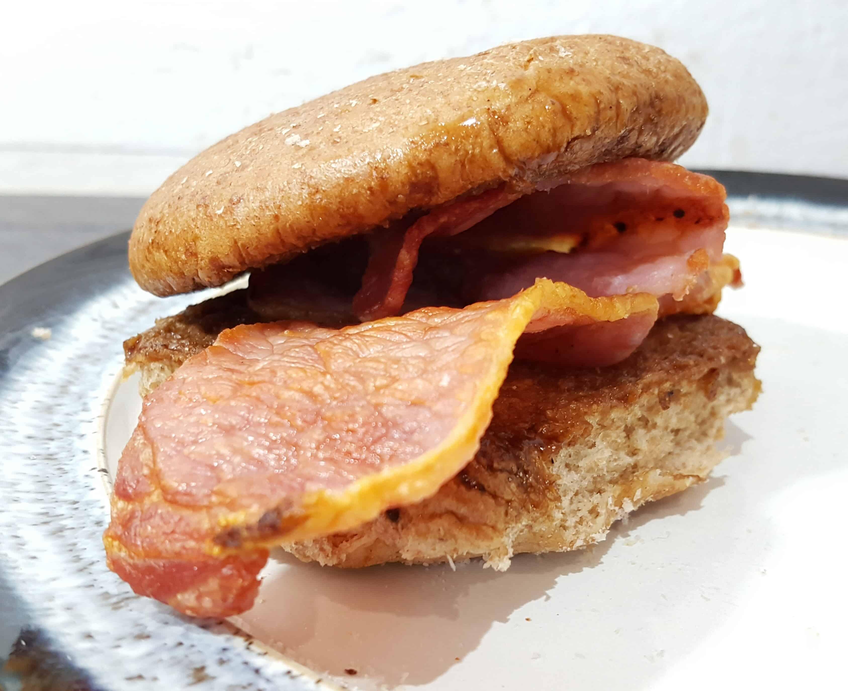 Syn Free Bacon & Oxo Gravy Sandwiches – Slimming World Recipe