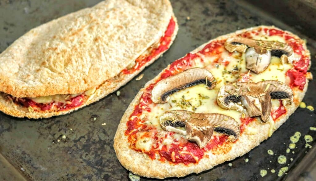 Slimming World Pitta Bread Pizzas – 3 Ways (Calzone etc)