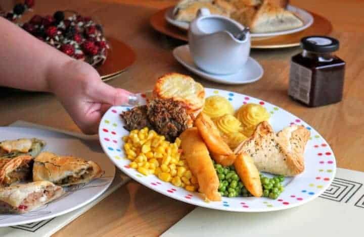 A Lovely Lidl Vegetarian Christmas Dinner #LidlSurprises
