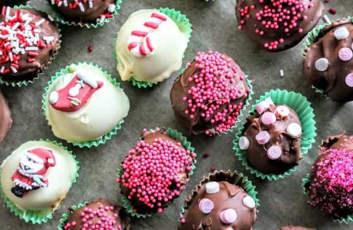 Easy Christmas Cake Pops & Petit Fours Gift