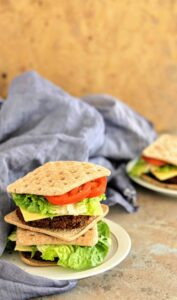 Slimming World Syn Free Spicy Bulgur & Veggie Bean Burgers